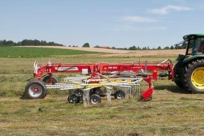 2.-top-twin-rotor-swather-rakes